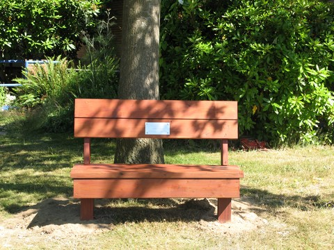 Small Faces Bench